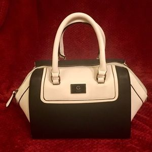 Guess black white color block purse
